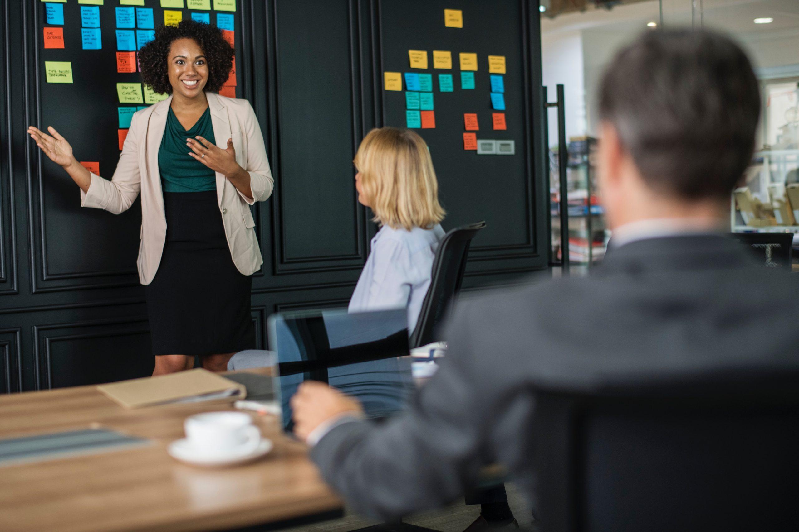 A reunião de análise crítica pela direção na ISO 9001