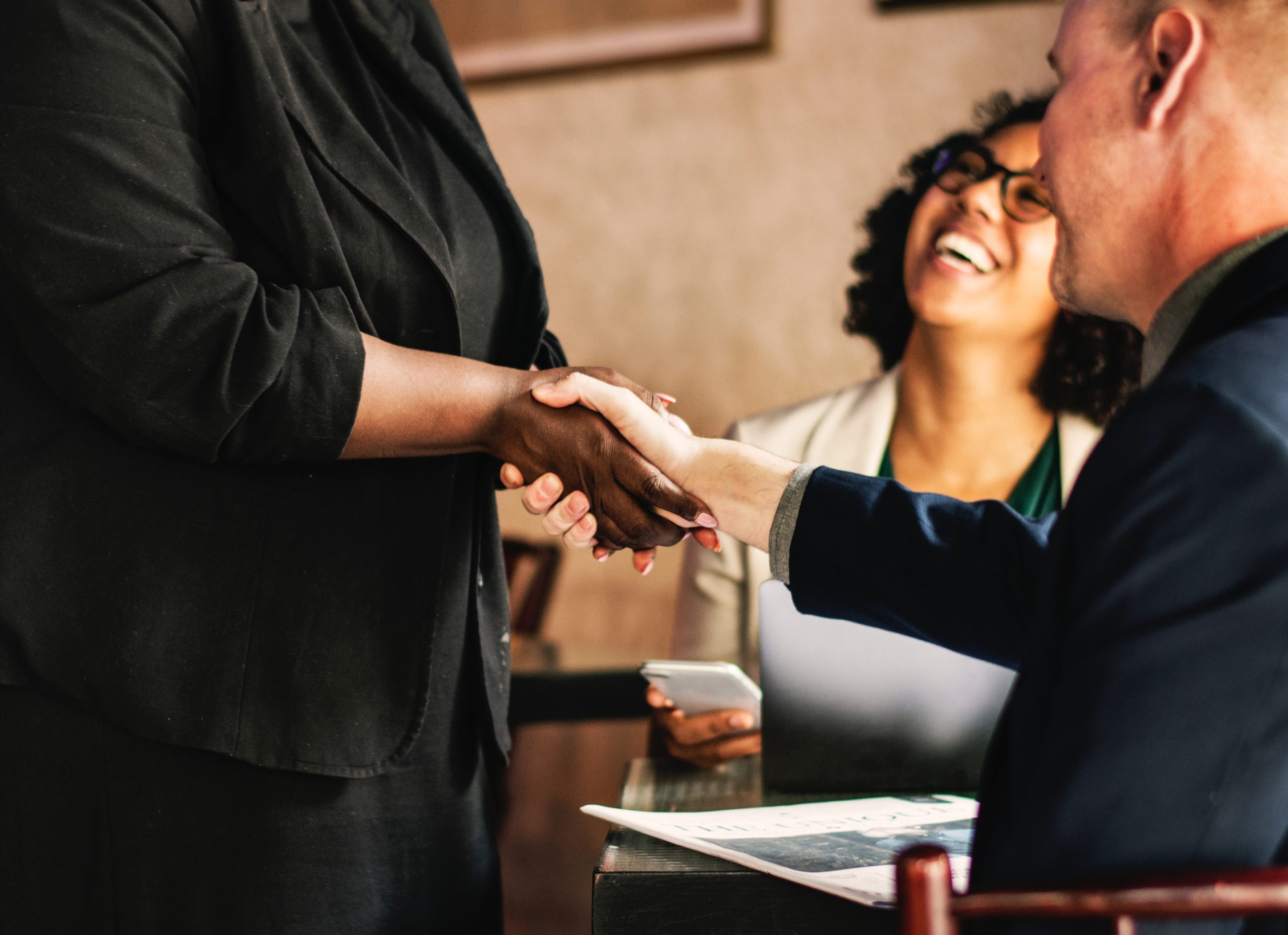 O que são stakeholders e como eles impactam o planejamento estratégico do negócio